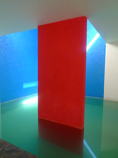 Luis Barragan's Casa Gilardi- dining room and swimming pool | by pov_steve