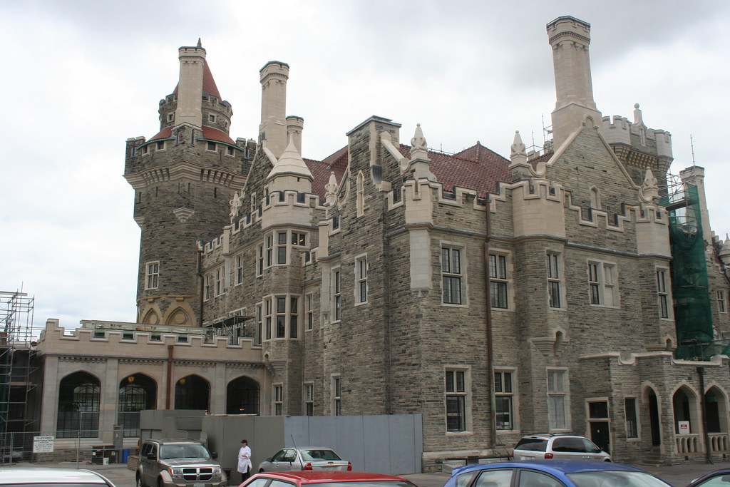 Casa loma toronto 1156 the east wing of he castle the for Casa loma mansion toronto