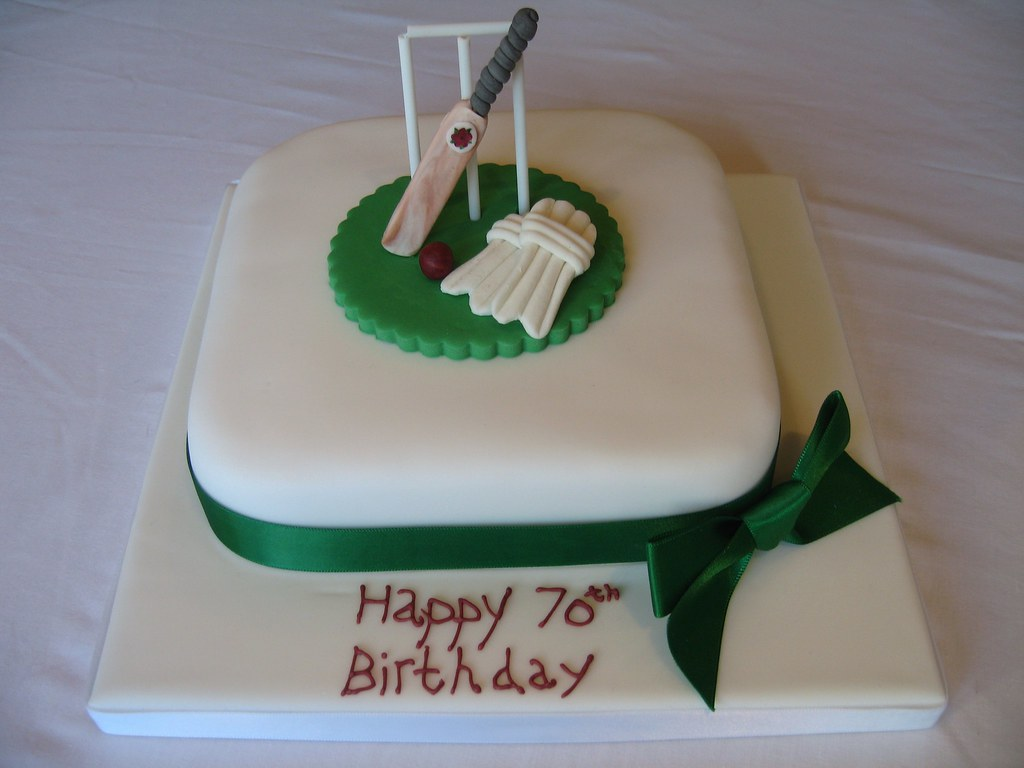 Cricketers cake An 8