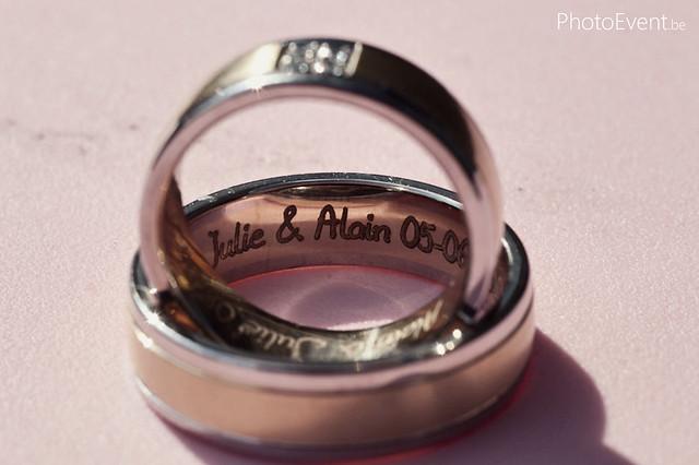 Wedding ring writing