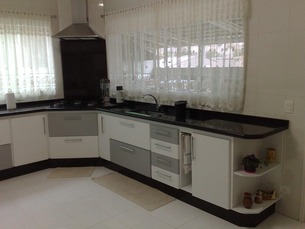 Cozinha branca com detalher no acabamento cinza vista gabi… Flickr #28231C 1024 768