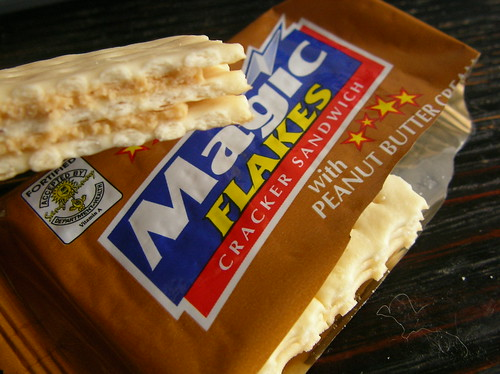 Magic FLAKES Cracker Sandwich with Peanut Butter Cream | by jetalone