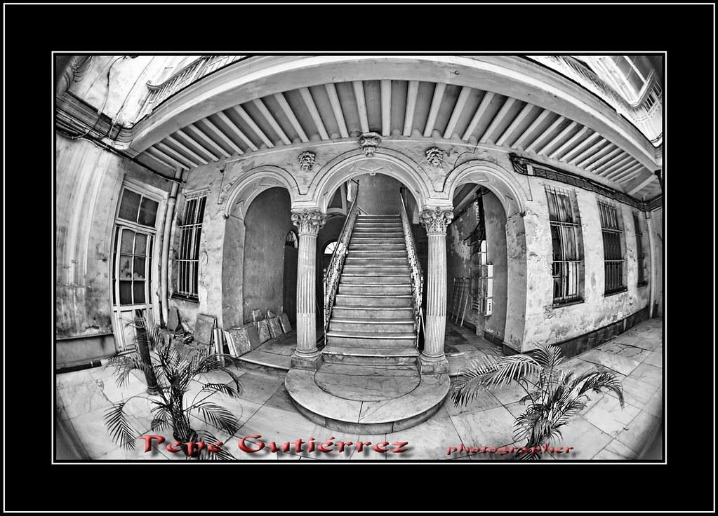 Casas de cadiz 13 arcadas y patio si bonitas debieron se flickr - La casa del pirata cadiz ...