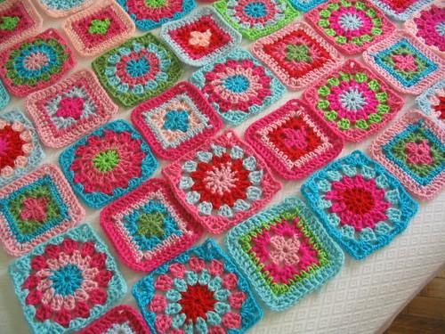Manta cuadros crochet imagui - Mantas de crochet a cuadros ...