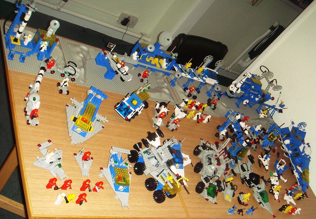 Lego Classic Space Collection 2010 002 My Updated