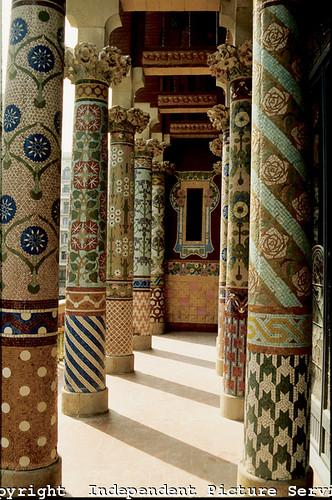 Vh000104 Ceramic Tile Mosaic Columns At The Palace Of Ca