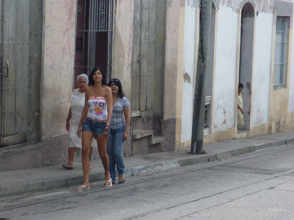 santiago de cuba women