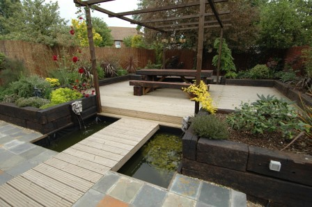 The 39 water feature 39 garden by earth designs for Earth designs landscaping