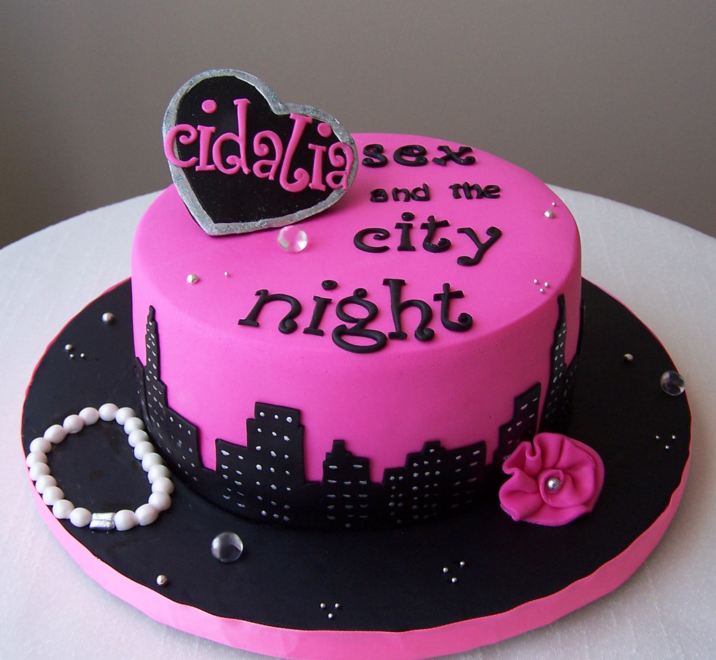 Sex the city themed cake