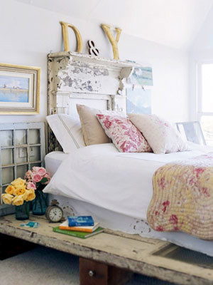 Shabby Chic Bedroom Design For Small Rooms
