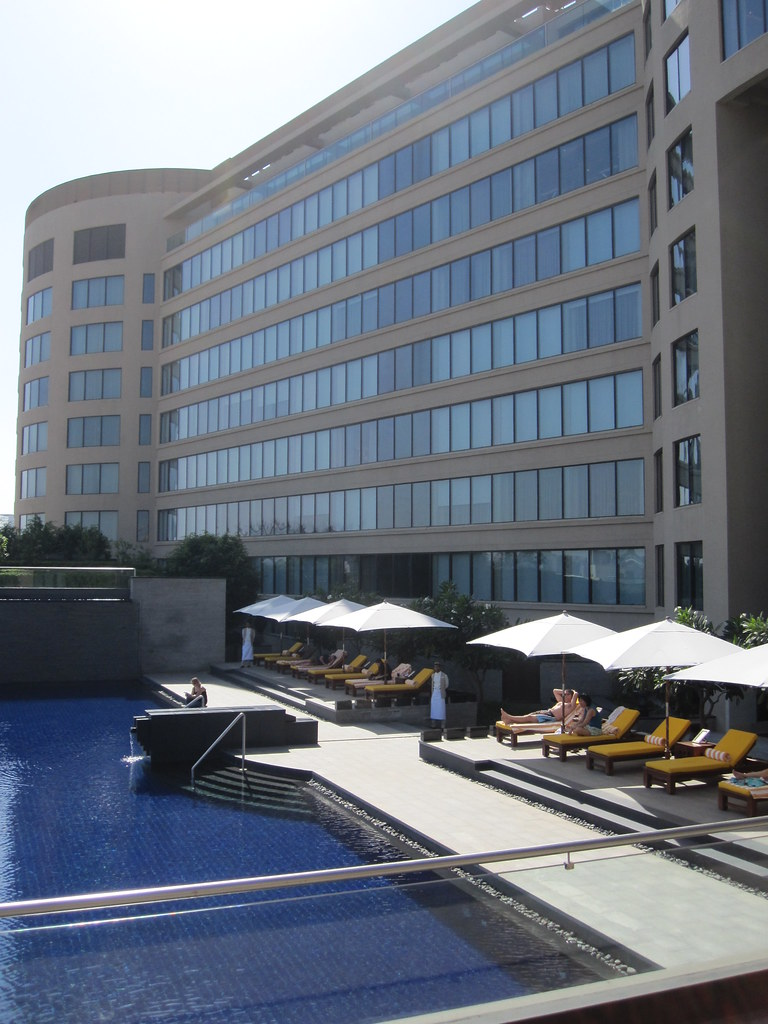 Trident Bkc Infinity Pool 01 Trident Hotel Bandra