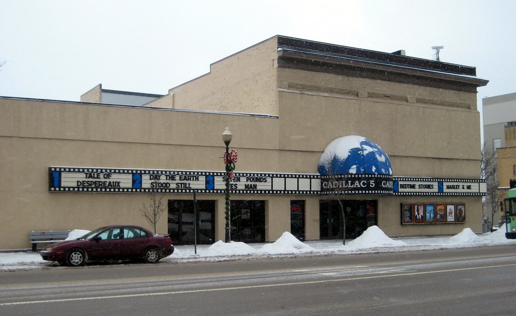 A 5 Screen Movie Theater In Downtown Cadillac