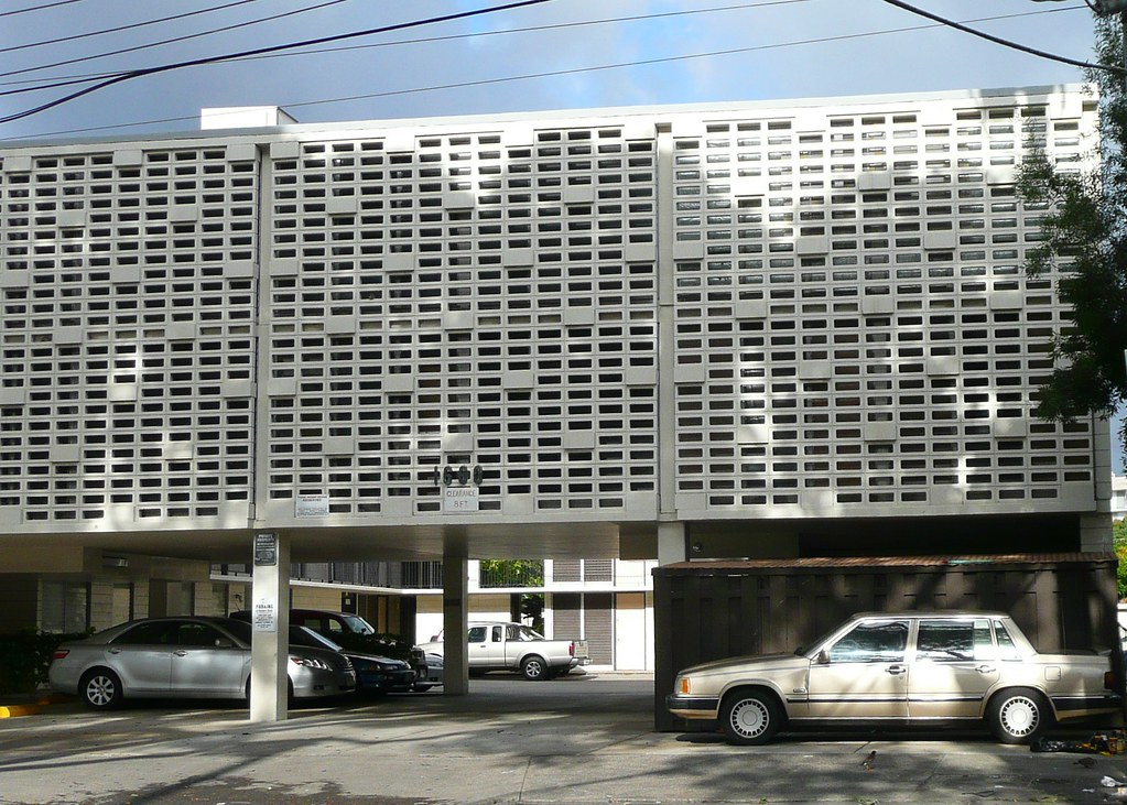 Honolulu Hi Waikiki Concrete Block Screen Wall Army
