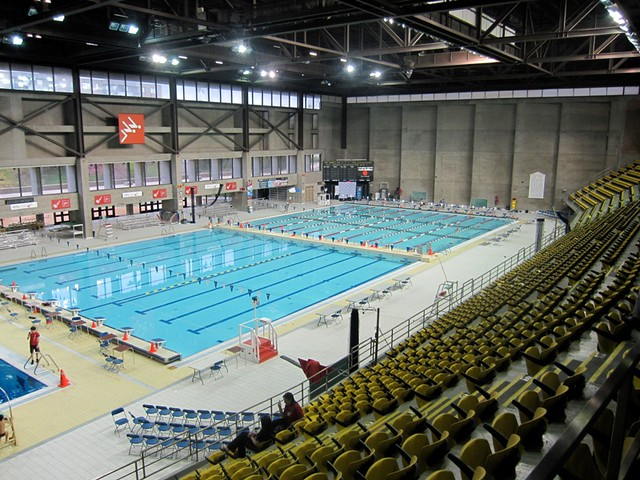 Claude robillard pool chris kennedy flickr for Centre claude robillard horaire piscine