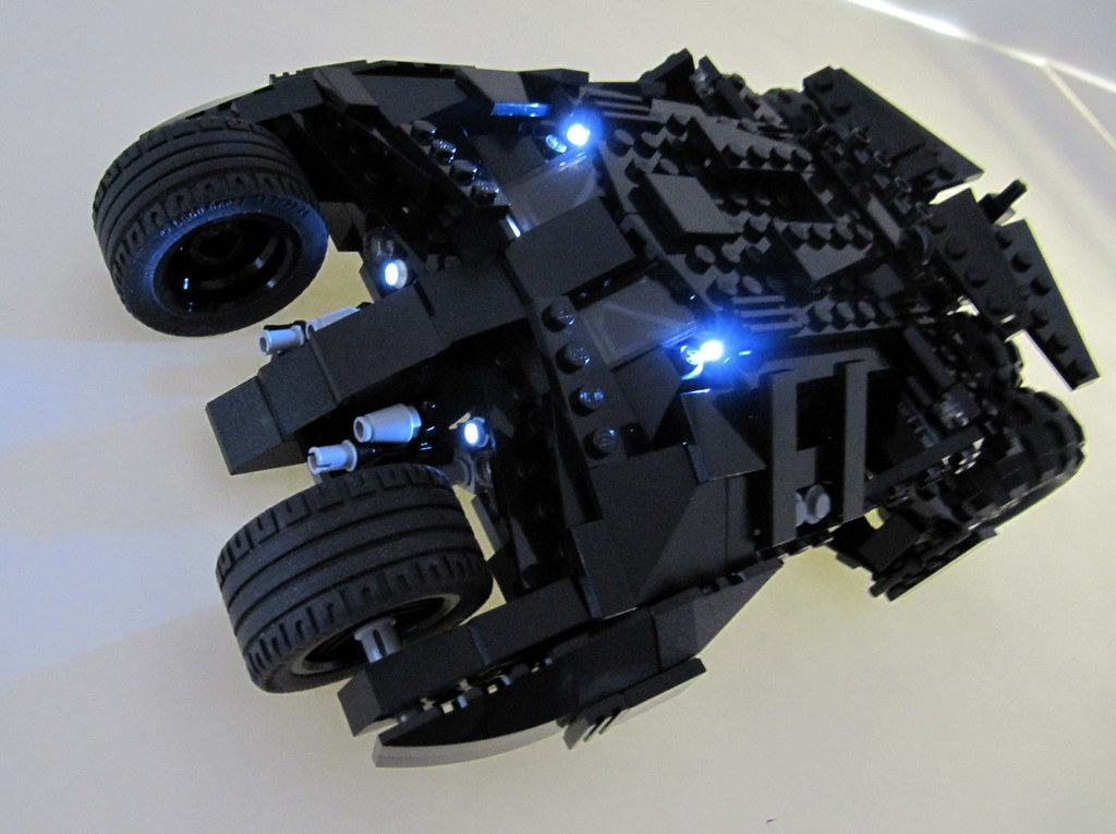 batman tumbler led 2 lego batman tumbler side view with. Black Bedroom Furniture Sets. Home Design Ideas