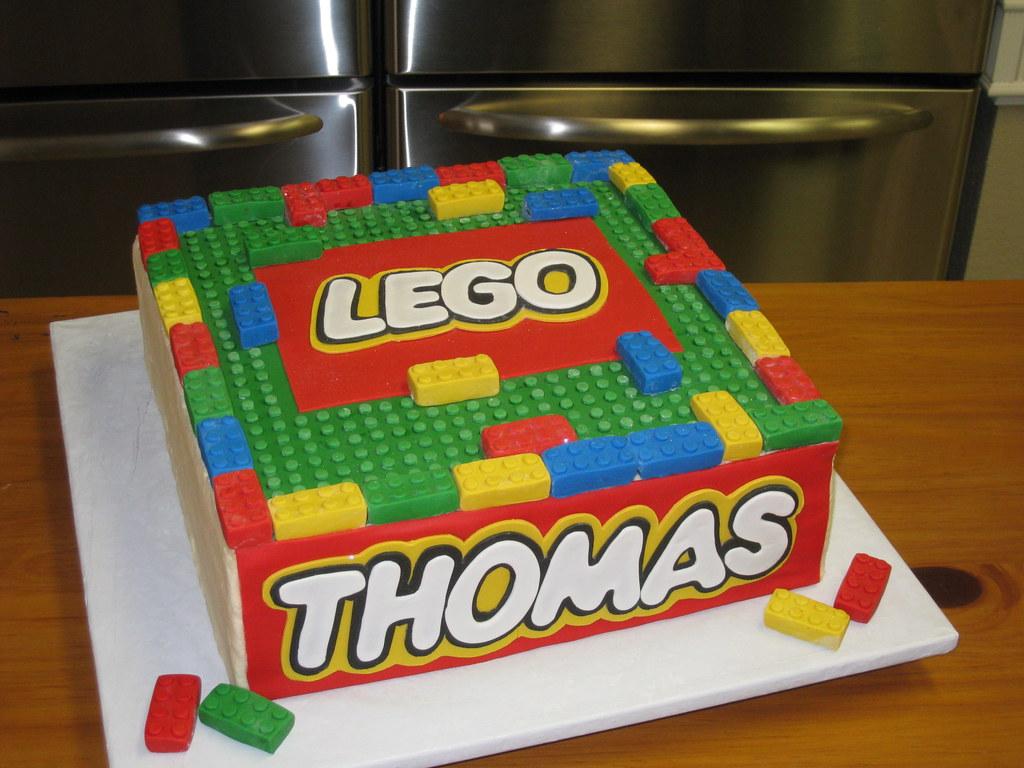 Lego cake Cake is totally edible!! Fondant lego pieces ...