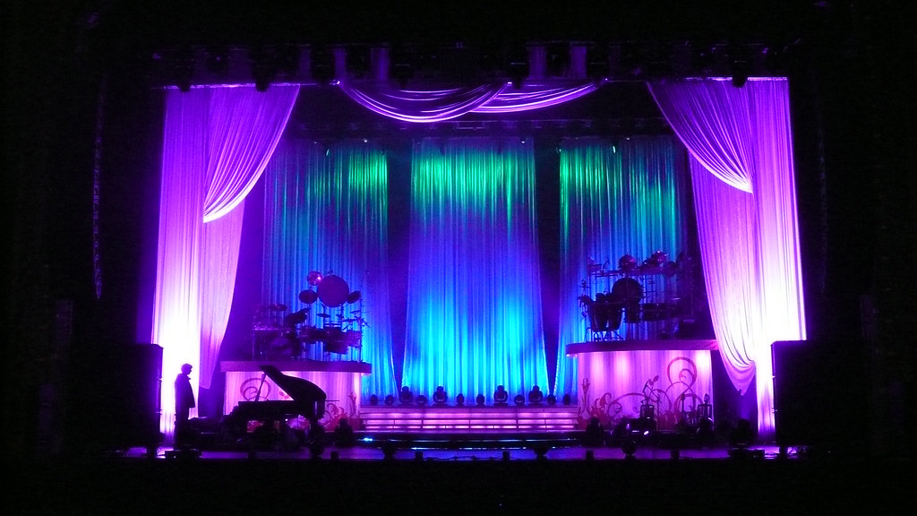 Celtic Woman Stage Drapes And Backdrop While Celtic