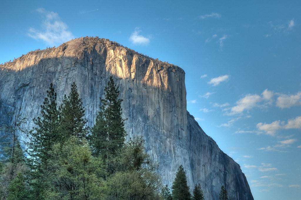 El Capitan (Yosemite) | El Capitan is a 3,000-foot (910 m ...
