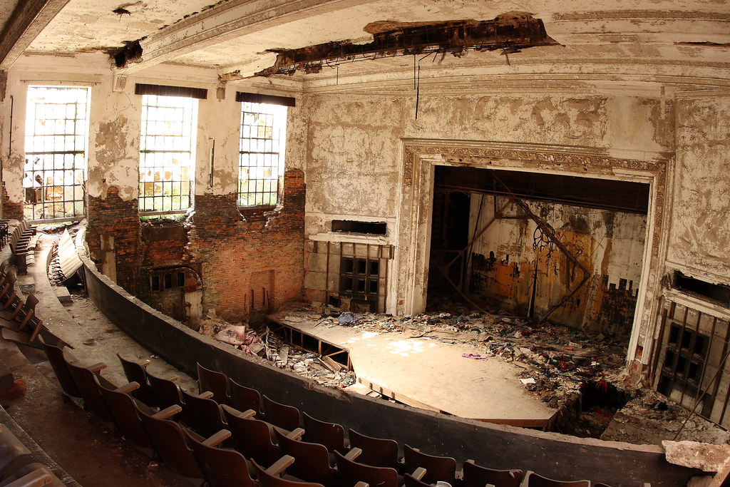Auditorium abandoned city methodist church gary indiana for Cost to build a house in indiana