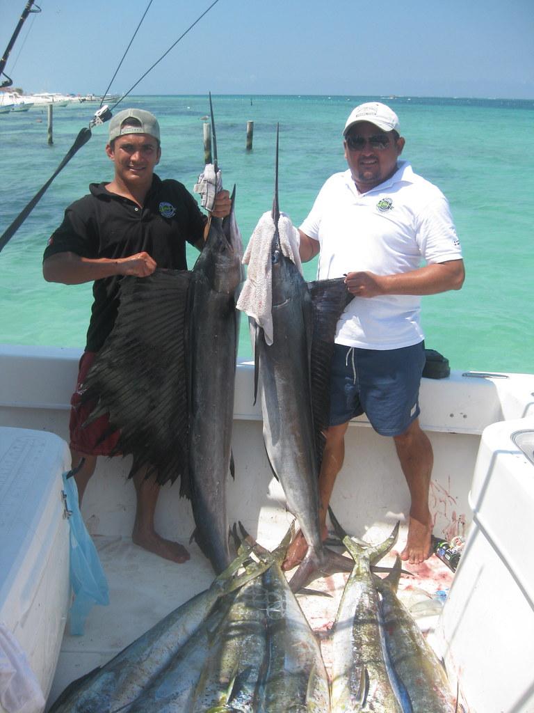 Puerto morelos fishing kathy loretta flickr for Puerto morelos fishing