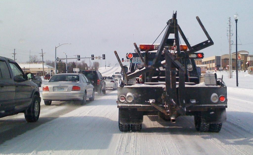 snow kansas city tow truck kansas city mo did a poor flickr. Black Bedroom Furniture Sets. Home Design Ideas