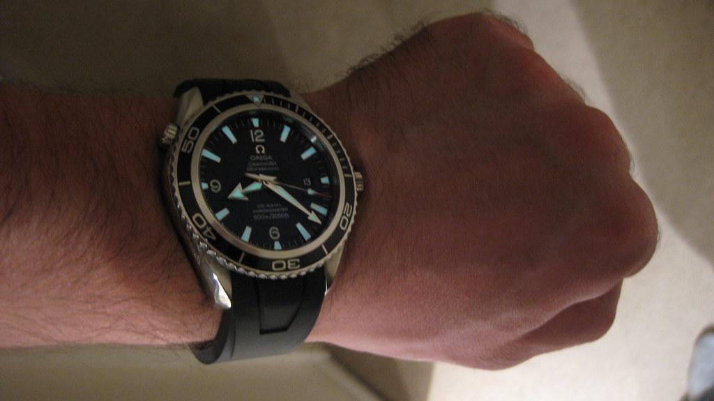 Omega Seamaster Planet Ocean Xl On Rubber Strap Omega
