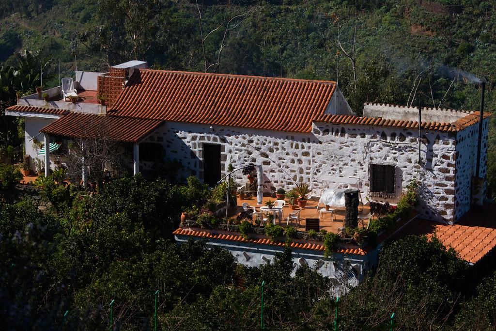 Casa rural reserva natural especial de los tilos de moya g flickr - Casa rural la reserva ...