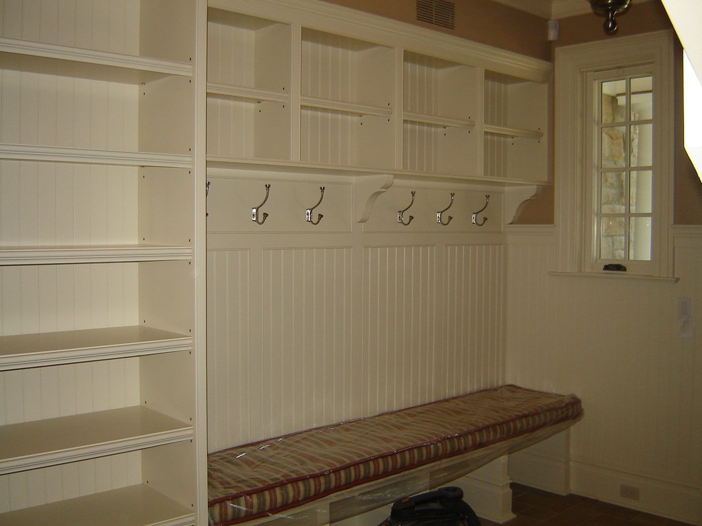 Mudroom pantry mudroom pantry with padded bench seat for Mudroom pantry