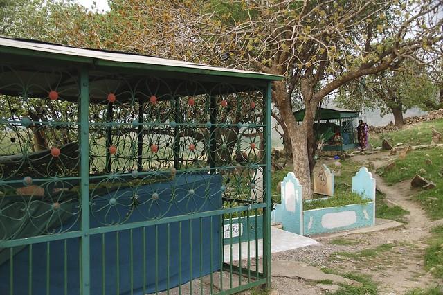 Graveyard in tatarebin chris de bruyn flickr - De breuyn mobel ...