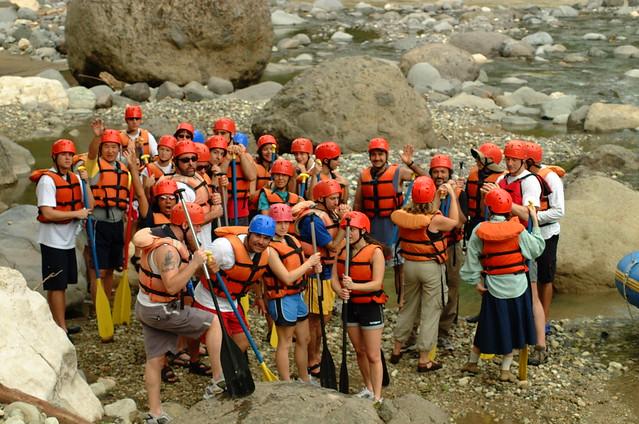 Rafting Group 17