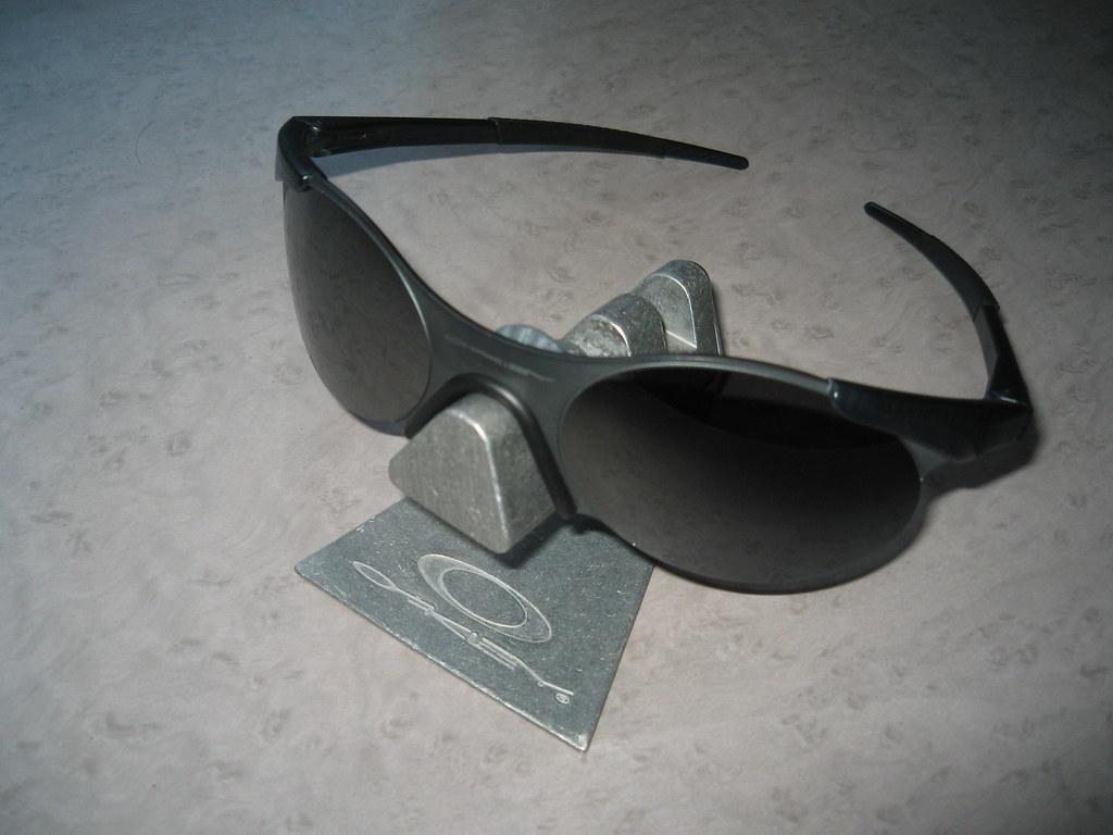 Oakley Zero Sunglasses  oakley zero 0.4