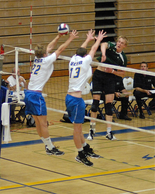 Umlauft gets one past Nielsen and Davis UCSB vs Hawaii ...