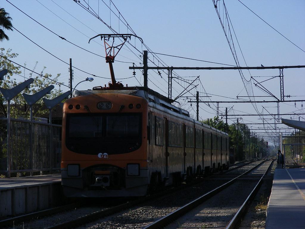 Servicio de trenes de San Bernardo es suspendido por daños causados por precipitaciones