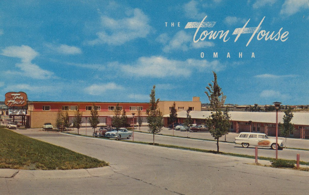 The town house motor hotel omaha nebraska combines for Town house motor inn