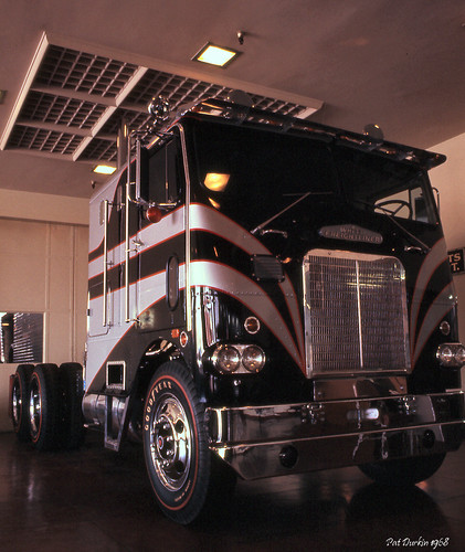1968 White Freightliner WFL10064T ITS Show Truck