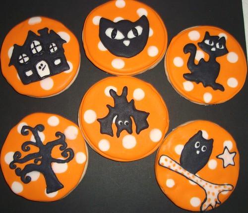 how to get halloween cookies cookie clicker