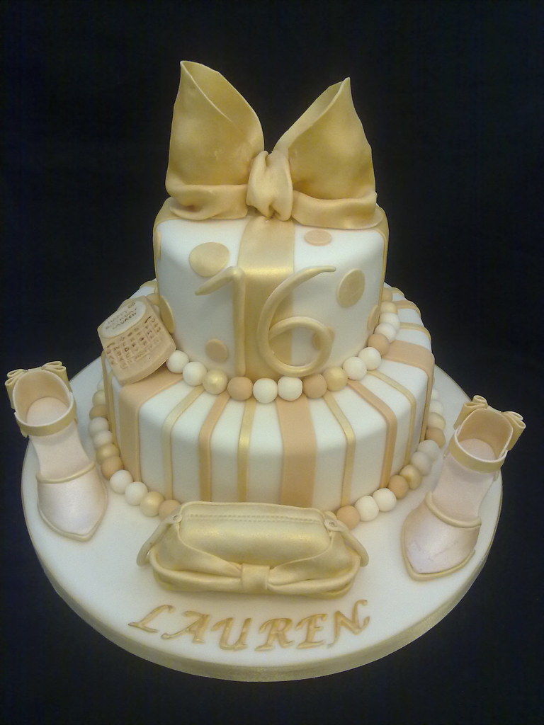 Gold Bow Birthday Cake Www Creationsbypaulajane Co Uk