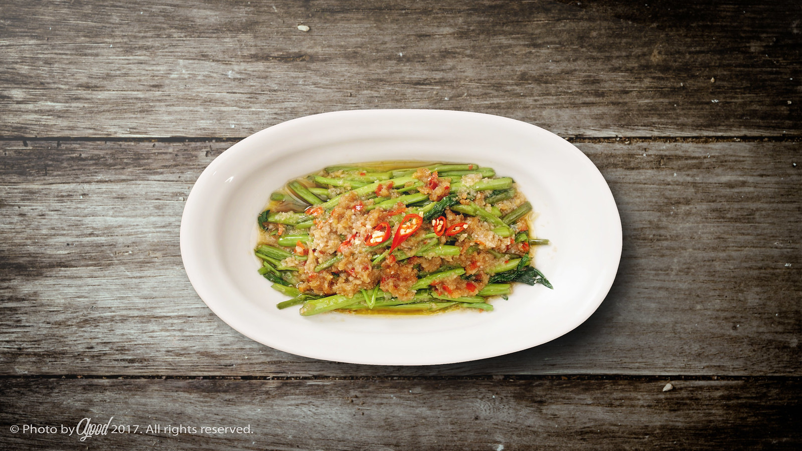 Kangkung Belacan – Malaysian Spicy Water Spinach Stir Fry