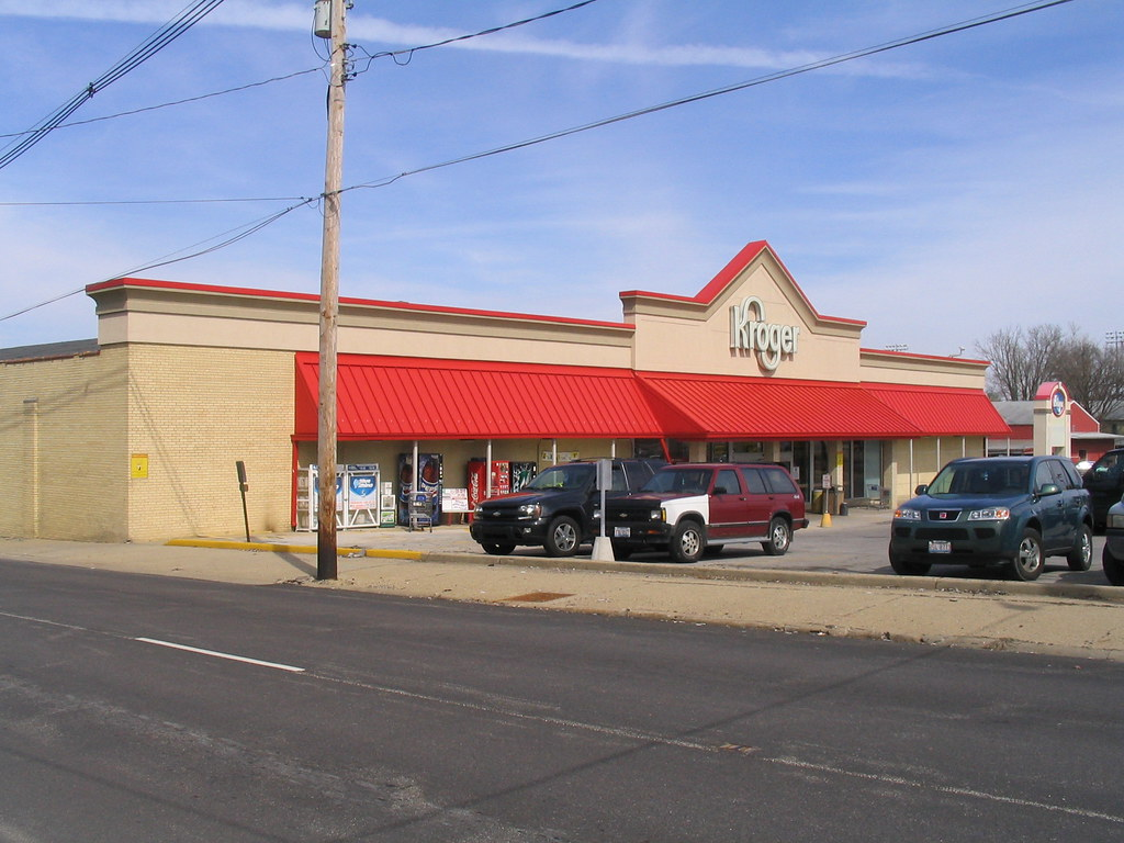 hook up in bloomington il Social media and events at the home to all of your favorite stores.