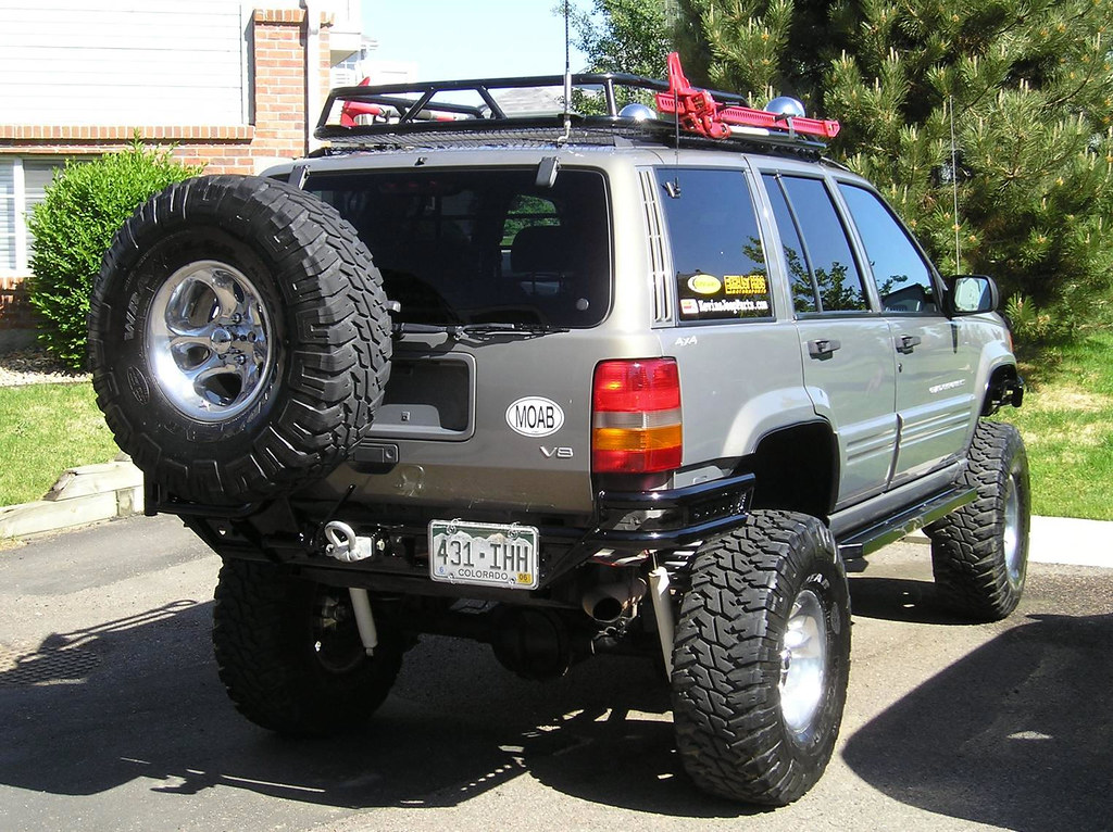 White Lifted Jeep >> LIFTED ZJ WITH PRE RUNNER BUMPER FROM KEVINSOFFROAD. | Flickr