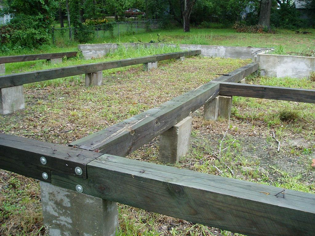Pier and beam foundation close up pier and beam flickr for Foundation options for cabins