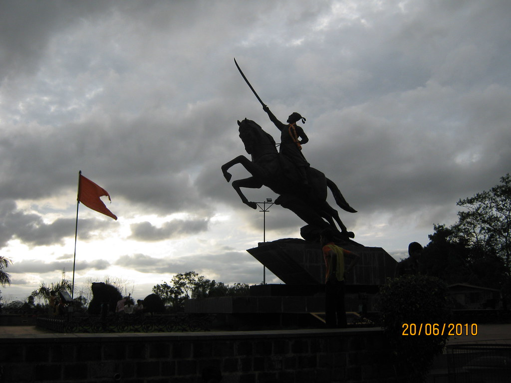statue of shivaji maharaj at dange chowk in pimpri chinchw flickr