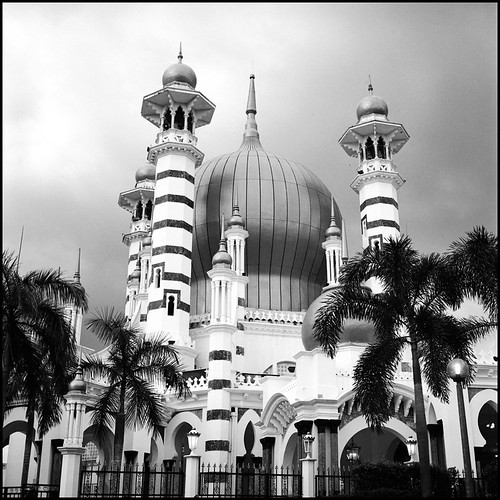 Ubudiah Mosque (in mono and square) | by >>mansur::amir<<