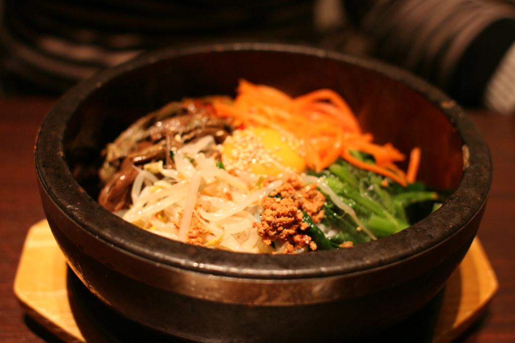 韓国料理 チェゴヤ | 定番! 石焼きビビンバ | machu. | Flickr