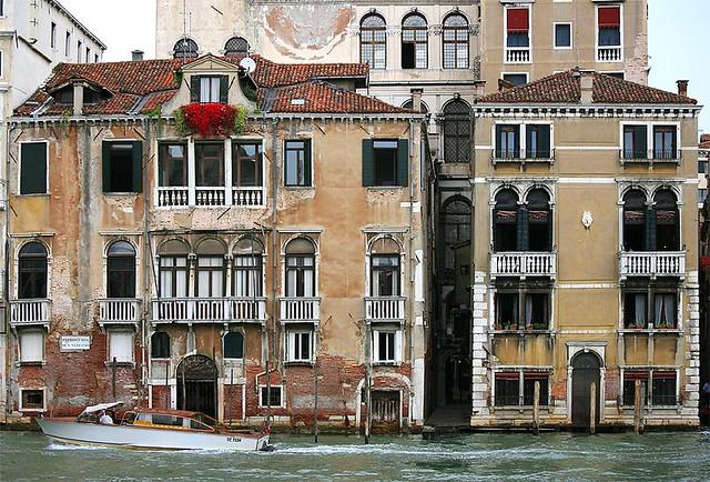 ancient venetian buildings palazzo benzon foscolo on