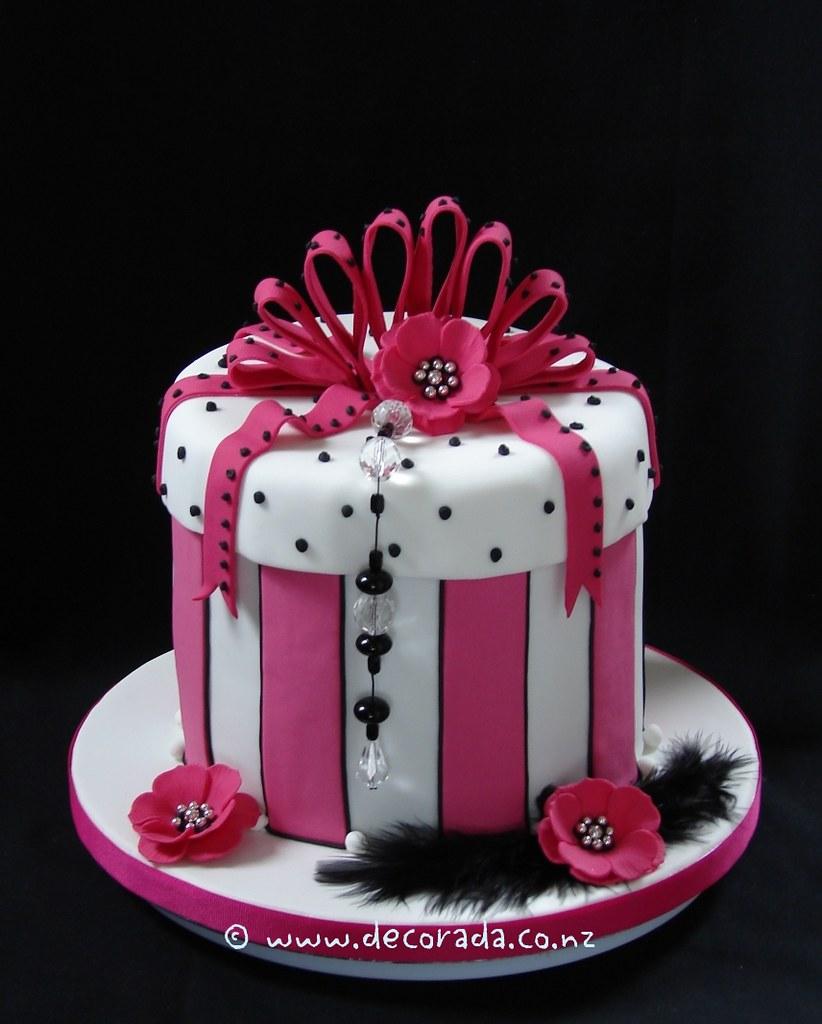 Images Of Chocolate Box Cake