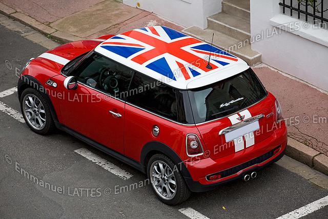 austin mini cooper s aux couleurs du drapeau anglais flickr. Black Bedroom Furniture Sets. Home Design Ideas