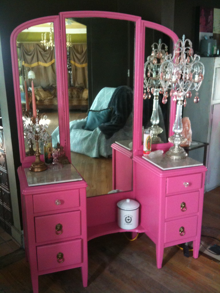 New Pink Dressing Table I Tweaked My Display I