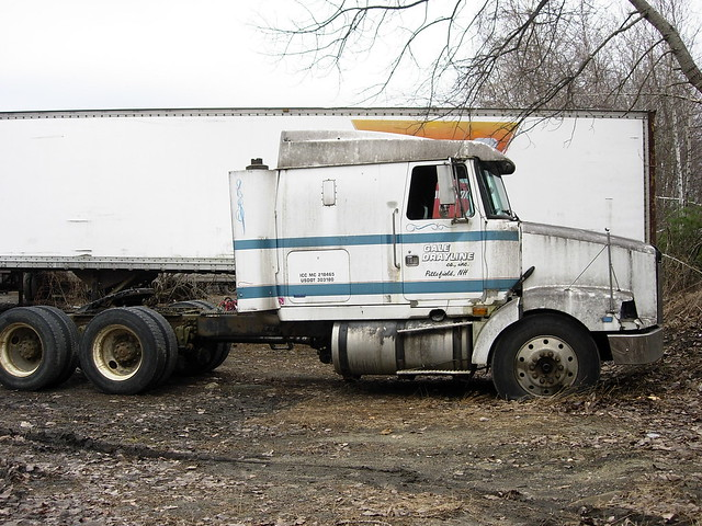 Tractor Broke Down : Broken down old volvo tractor trailer flickr photo