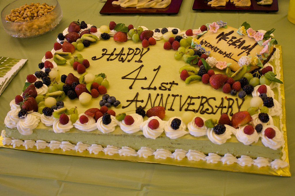 Happy Anniversary With Cake Images